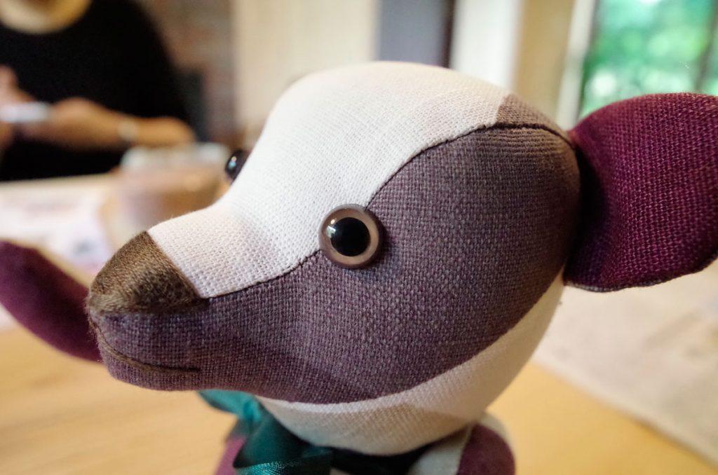 手芸作家さんから戴いたマスコットのテディベア「ゴーマくん」