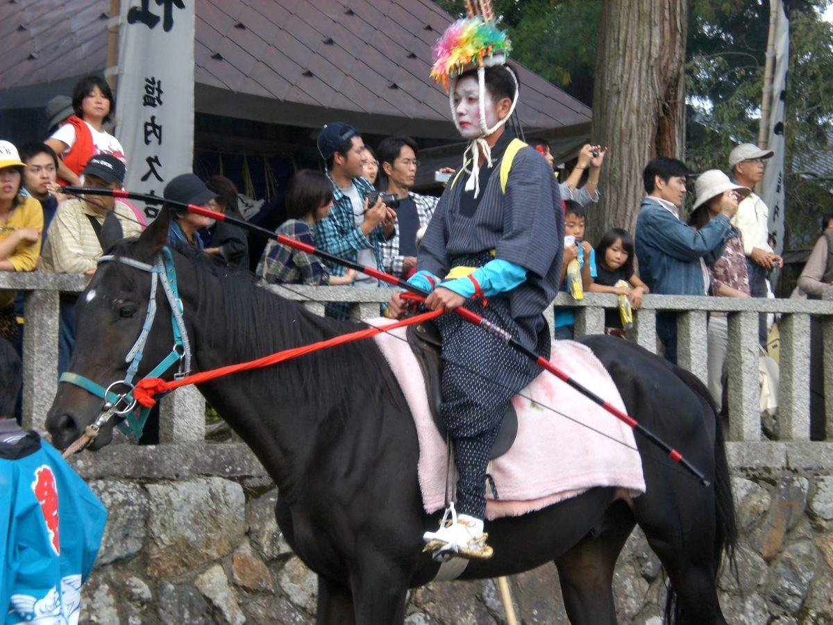 日吉神社の馬馳け 流鏑馬(やぶさめ)